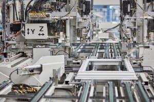 Fenster auf Maß werden in der HighTech Fertigung von FeBa hergestellt