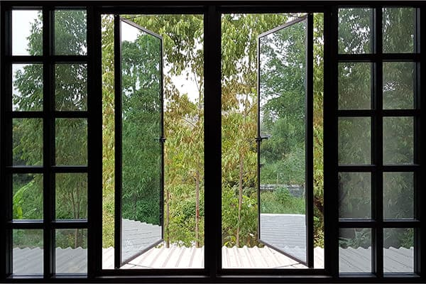 Sprossenfenster als Aluminiumfenster