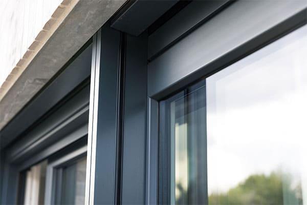 Garagenfenster in Anthrazit oder Weiß