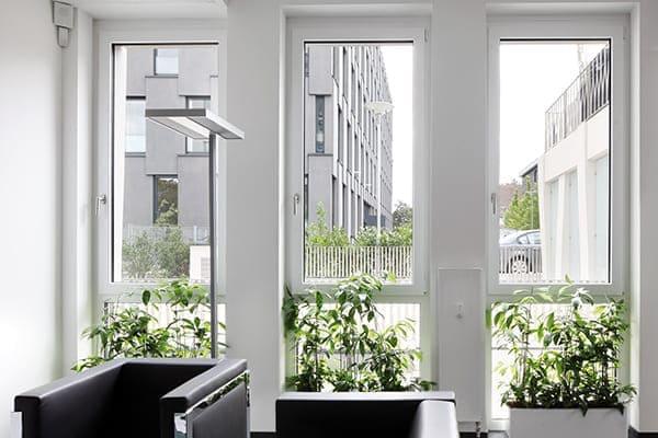 Einflügelige Fenster mit Unterlicht