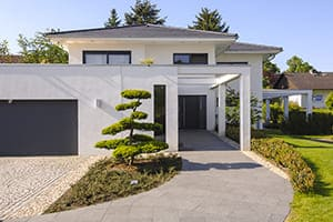 Einfamilienhaus mit großem Garten.