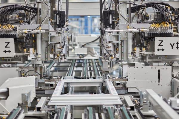 Hightech Fertigung der Firma FeBa mit hochwertigem Material.