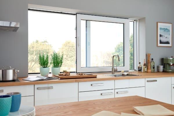 Vertikale Schwingflügelfenster