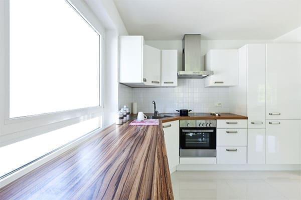 Unterlichtfenster in der Küche